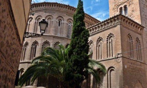 De Mezquitas a Iglesias: La reutilización del espacio sagrado en el Toledo Plenomedieval